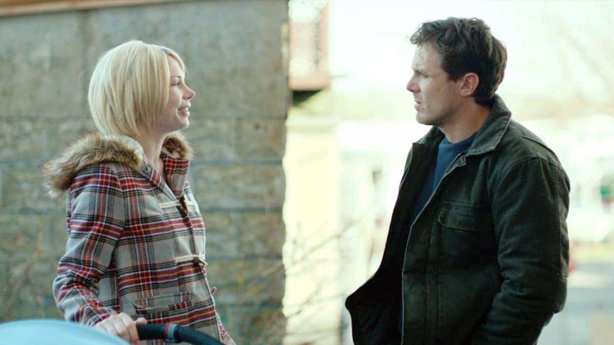 Michelle Williams as Randi and Casey Affleck as Lee in Manchester by the Sea