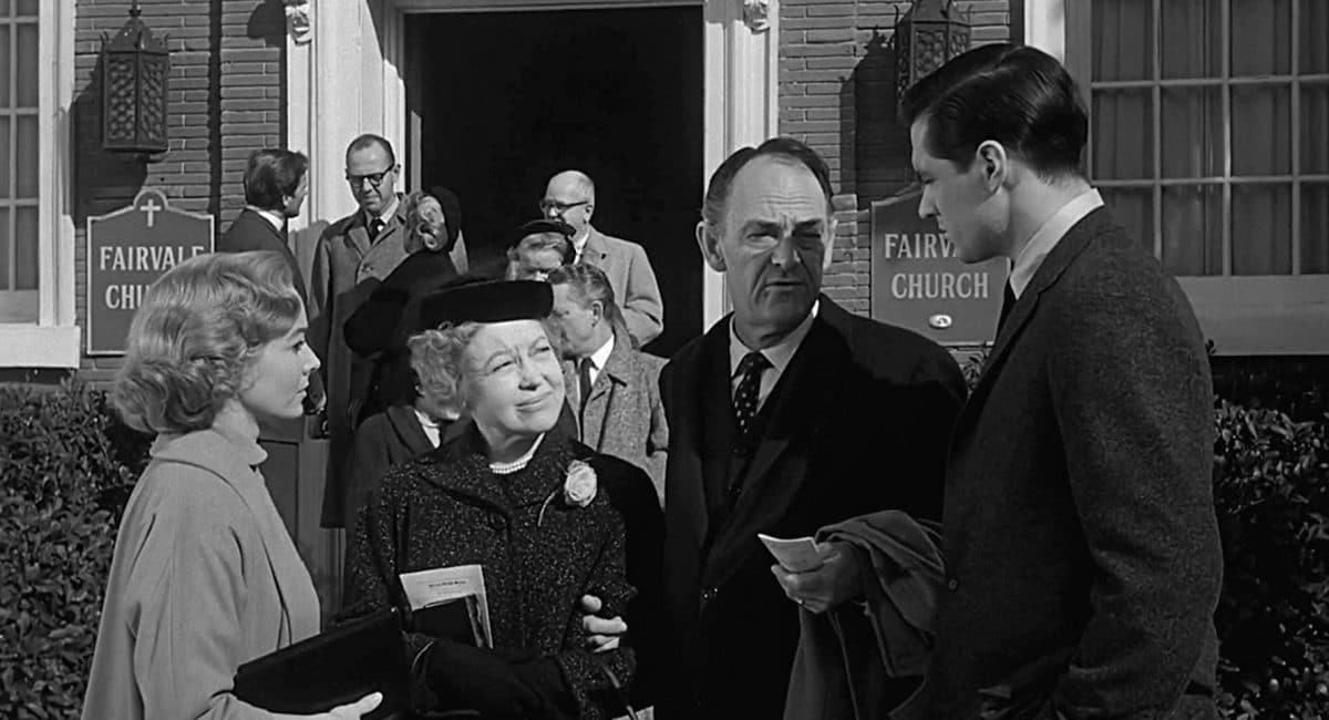 Sam and Lila meet with Sherriff Chambers and his wife.