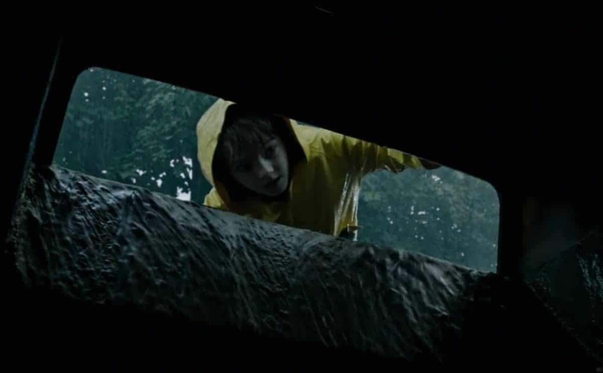 "Georgie forgets about ""stranger danger"" when he chats with a clown hiding down in the sewer."